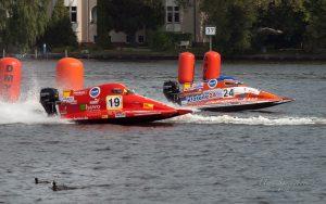 MBR2017-8270789-300x188 in 24. Int. ADAC MSG DMYV Motorbootrennen Berlin-Grünau