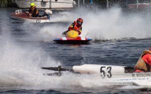 MBR2017-8270966-300x188 in 24. Int. ADAC MSG DMYV Motorbootrennen Berlin-Grünau
