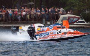 MBR2017-8271139-300x188 in 24. Int. ADAC MSG DMYV Motorbootrennen Berlin-Grünau